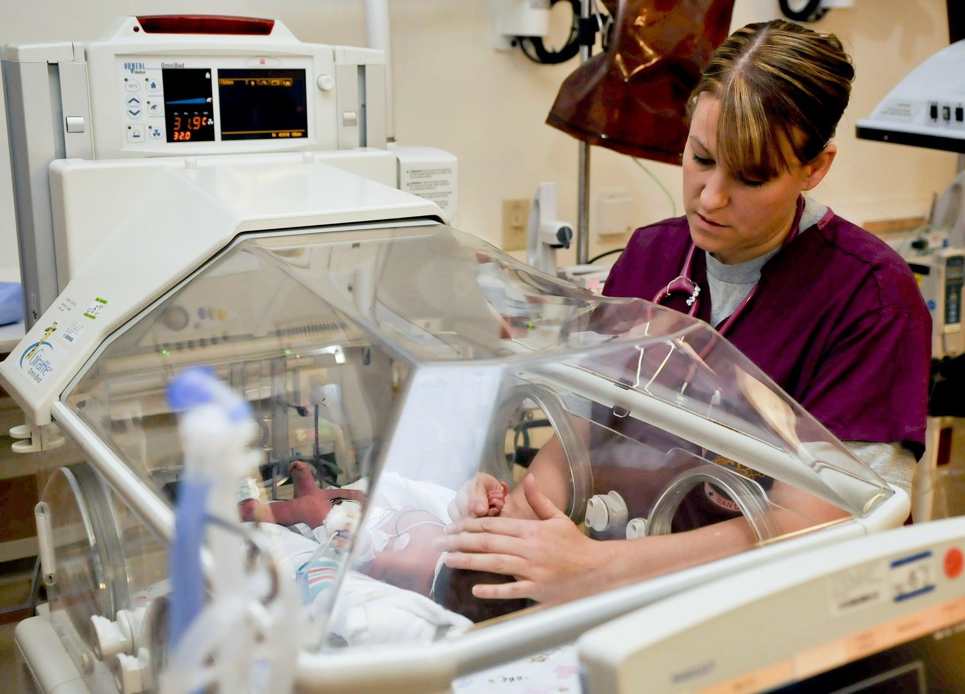NZ Midwife 2-Year Training/Enrolment Period